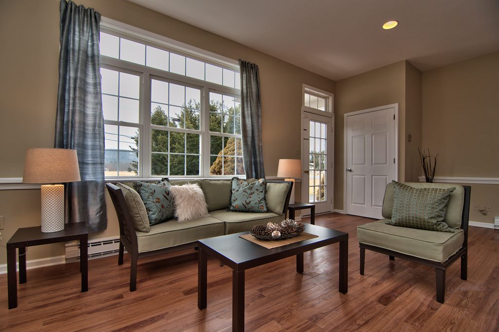 Family Room View 06